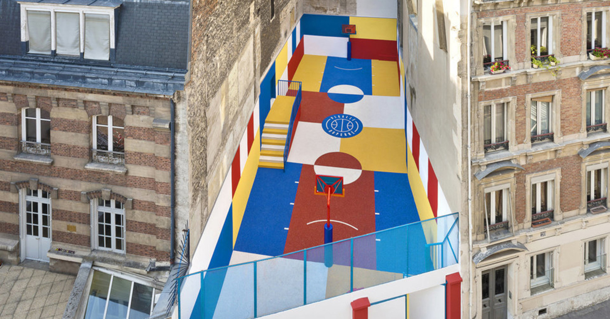 17 - Artistas criam quadras esportivas fora do comum para estimular a ocupação dos espaços públicos