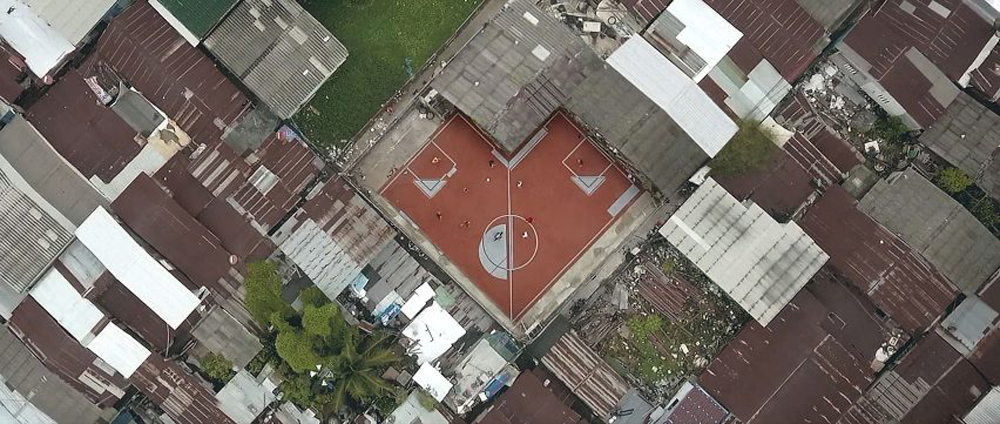 4 - Artistas criam quadras esportivas fora do comum para estimular a ocupação dos espaços públicos
