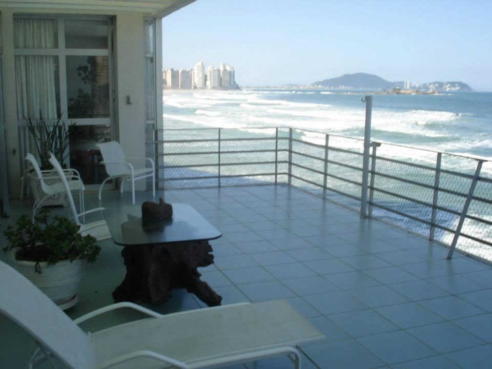 Imagem da varanda, frente ao mar